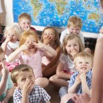 Kinderbetreuung (© Monkey Business / Fotolia)