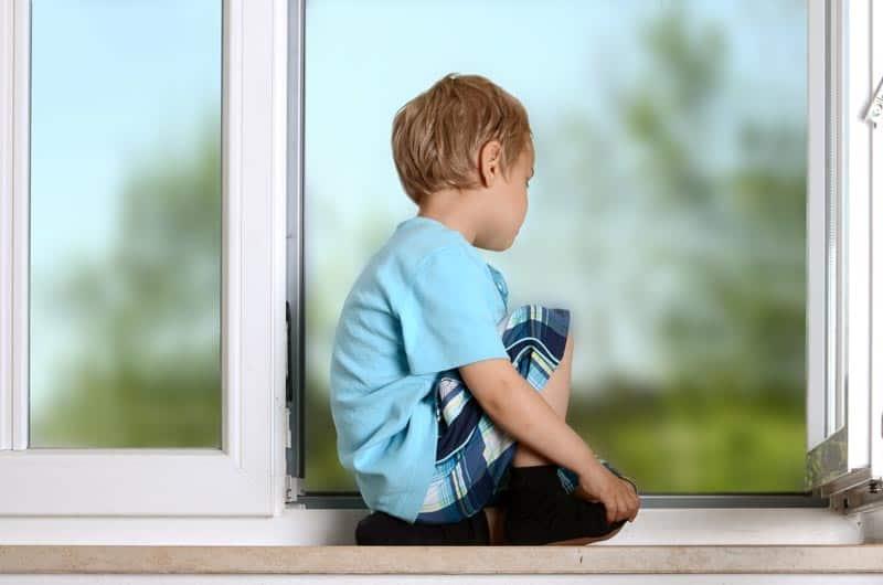 Fenster kindersicher machen